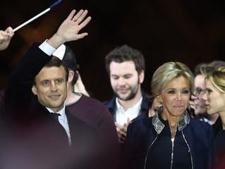 'Vive La France' and 'Vive Emmanuel Macron'