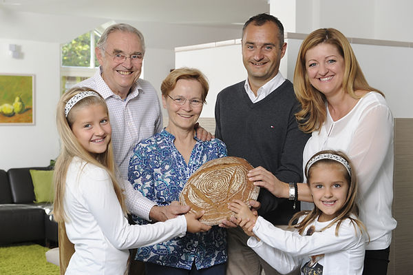 3 Generationen Familie Wienerroither