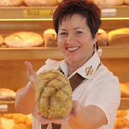 Verkauf Gastgeberin Brot.jpg