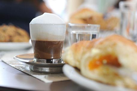 00014 Wienerroither Kaffeehaus.jpg