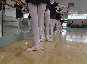 balletatbarre.jpeg