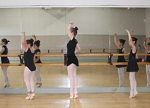 Balletinclass.jpeg