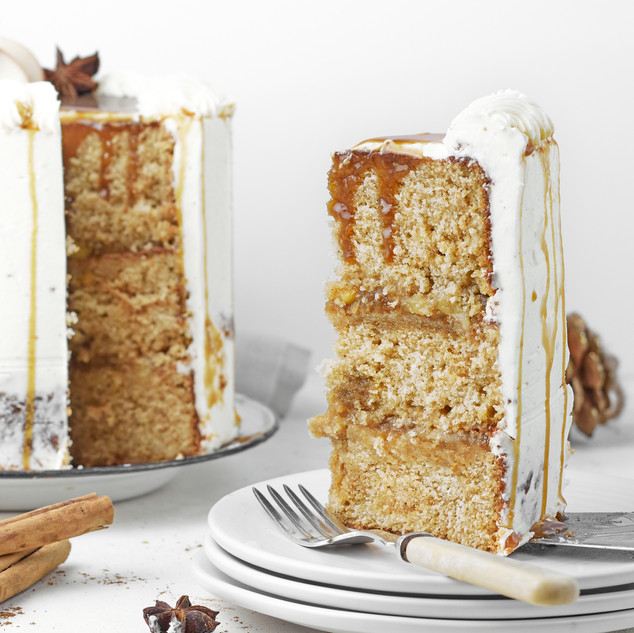 Mulled Apple and Honey Caramel Layer Cak