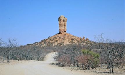 Merubisi_Safaris_Ugap_Twyfelfontein.JPG