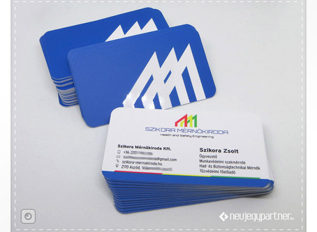 Formalakkos névkártya