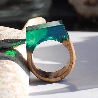 Кольцо Emerald