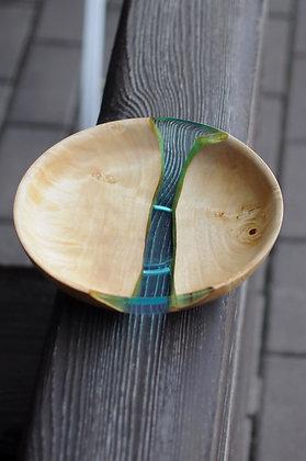 Глубокая тарелка из капа и глянцевой эпоксидной смолы
