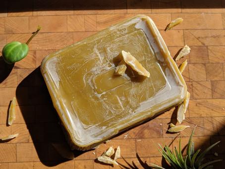 Découvrez les bienfaits de la cire d'abeille !