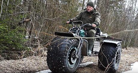 Мотовездеход-амфибия ZUBR Trike