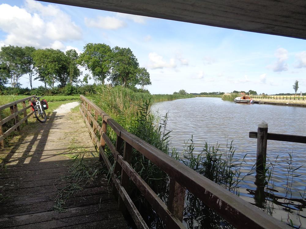 Kanaal fietsreis Friesland