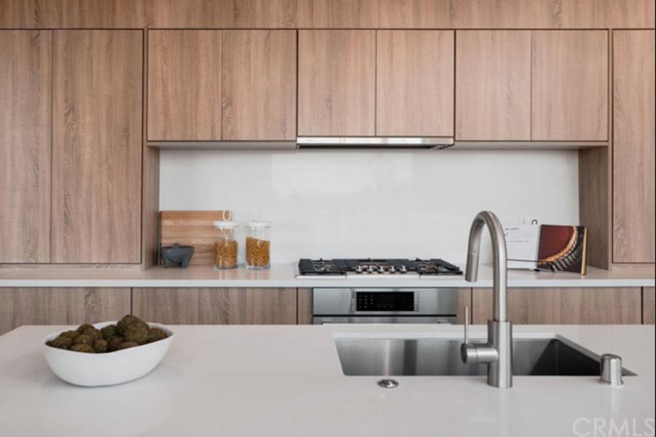 Stylish Modern Kitchen
