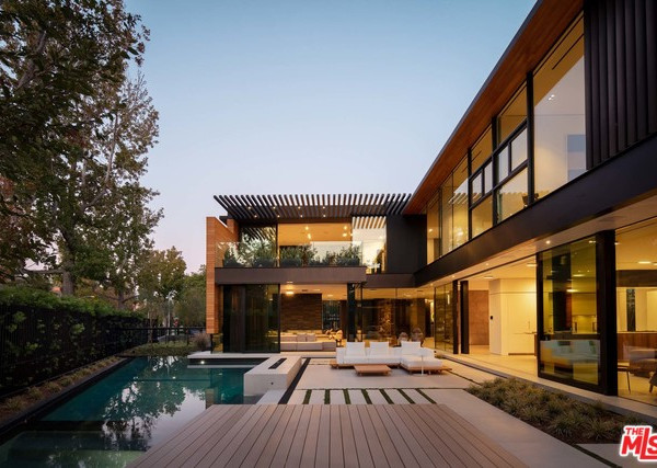 527 N. Palm Dr, Beverly Hills CA 90210