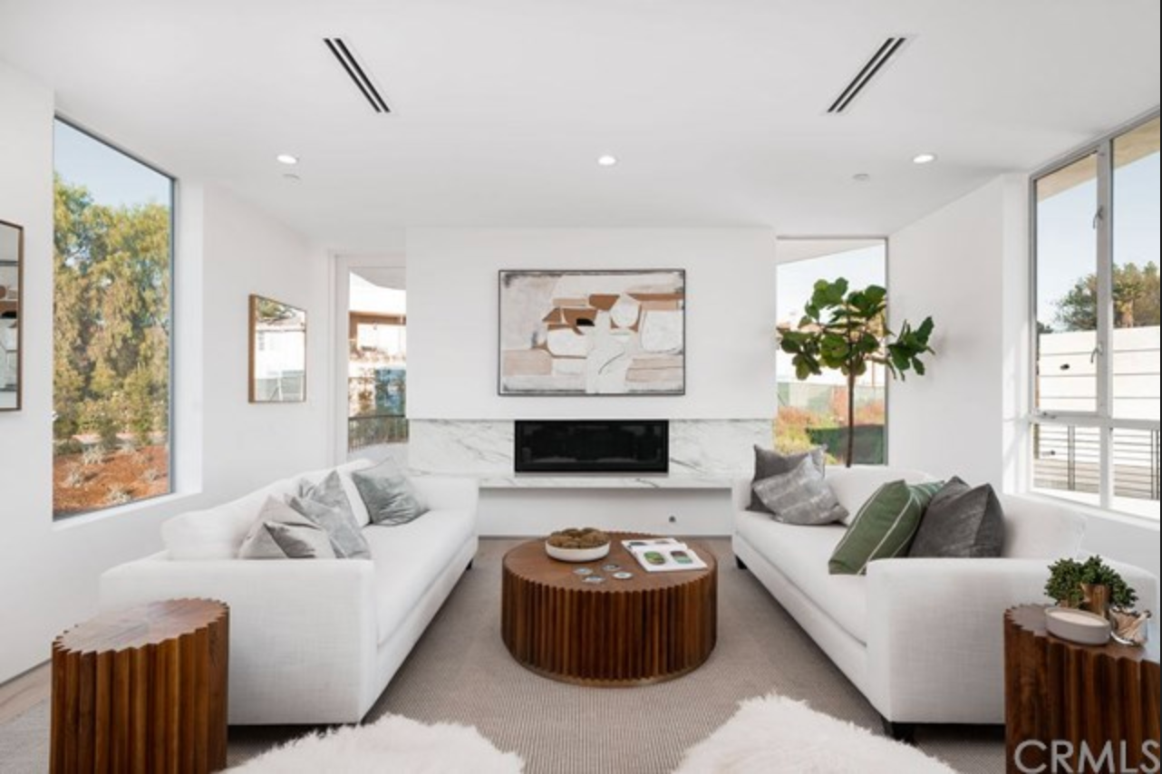 Stunning Living Ammenities in this contemporary Highland Park Home