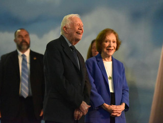 Hank Aaron, Ted Turner help honor Jimmy & Rosalynn Carter