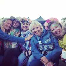 Victorious festival with these lovelies