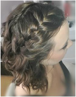 warkocz z kręconych włosów