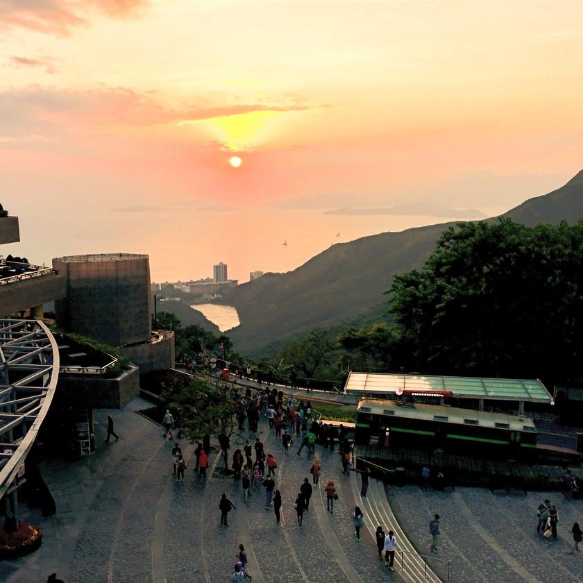 Sonnenuntergang vom Peak