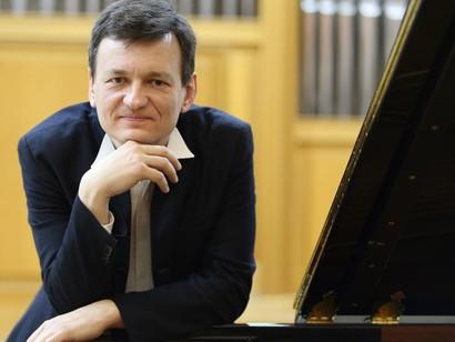 «Пианист тысячи стилей» Александр Яковлев исполнит шедевры Сергея Рахманинова