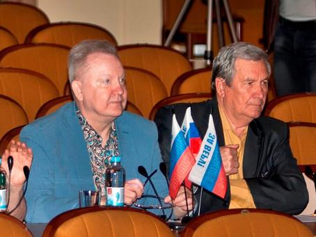 15 апреля в Зимнем  театре начались  конкурсные прослушивания   участников фестиваля армейской песни