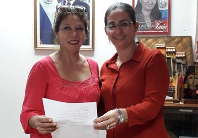Firma del primer convenio