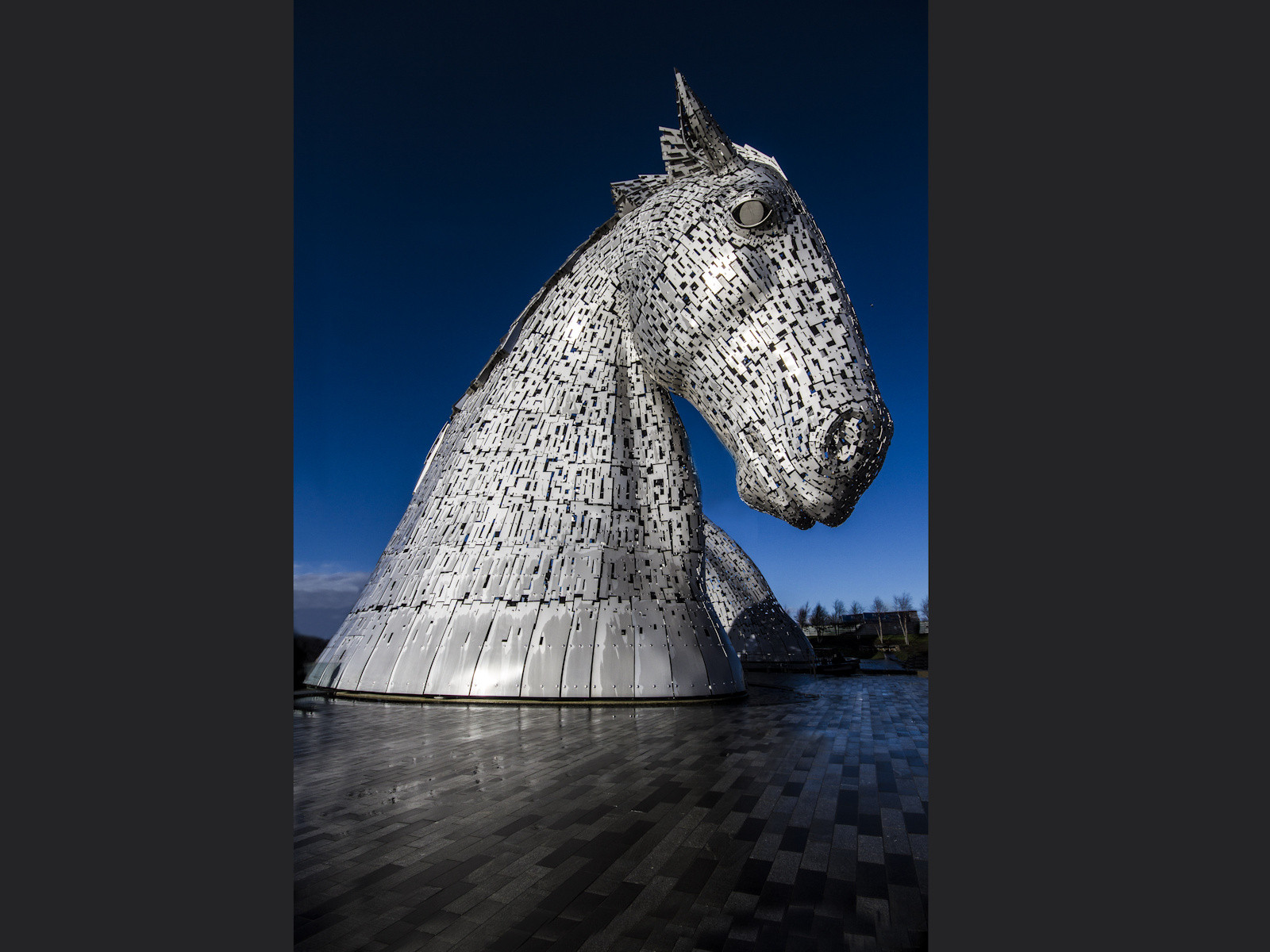 'Kelpies' by Colin Gamble ( 10 marks )