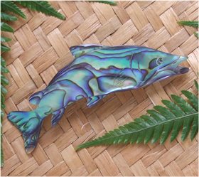 """ Flying Fish"" Hand Carved Paua Shell Brooch (6044bx)"