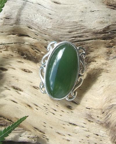 """"""" Te Awa"""" Sterling Silver Pounamu Ring G7301A"""
