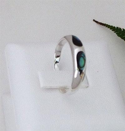 """""""Paua Eyes""""Sterling Silver Paua Ring  7058Bx"""