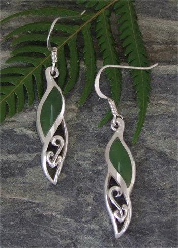 """ Te Awa /The River"" NZ Pounamu Silver Hook Earring G2371"