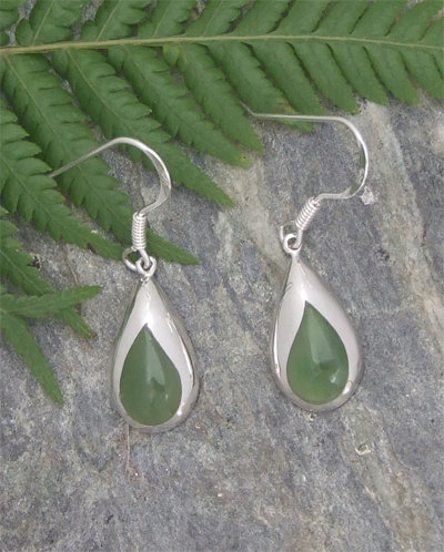 """Te Wai"" NZ Greenstone Silver Earrings G2369"