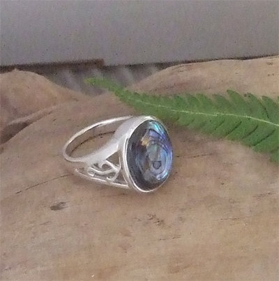 "NZ Jewellery ""Hopes & Dreams"" Sterling Silver Paua Ring - 7302A"