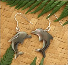 """Dancing Dolphin"" Black Pearl Shell Silver Earring - 92077bx"