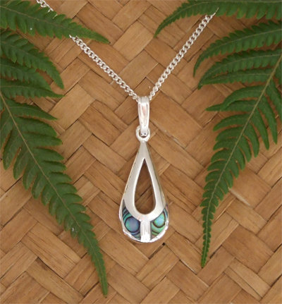 Lovely Gift NZ Paua Shell Sterling Silver Pendant  3083