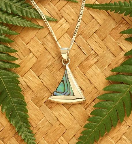 """""""Paua Sailing"""" NZ Paua Silver Pendant & Chain 3042"""
