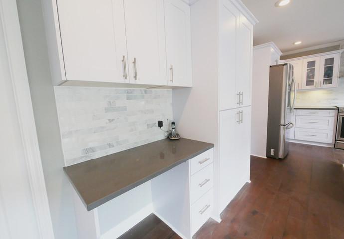 kitchen04.jpg