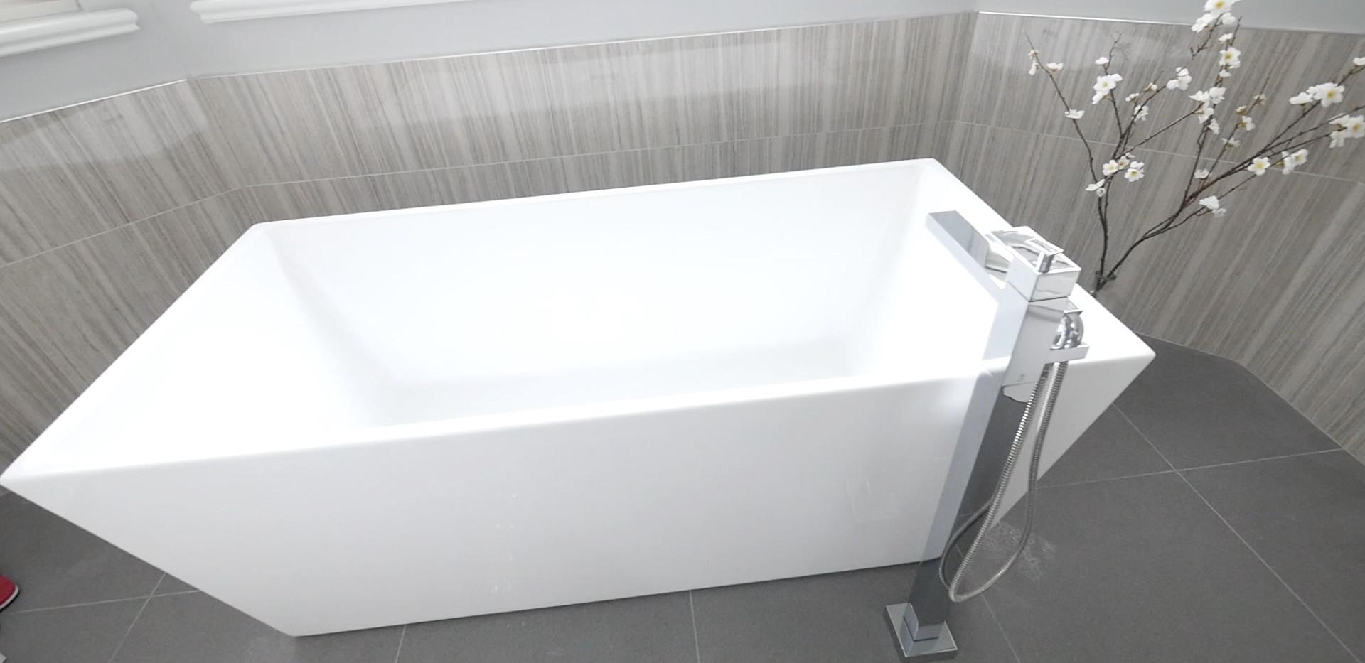Ensuite Bathroom 7.jpg