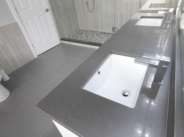 Ensuite Bathroom 21.jpg
