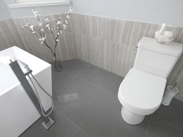 Ensuite Bathroom 8.jpg