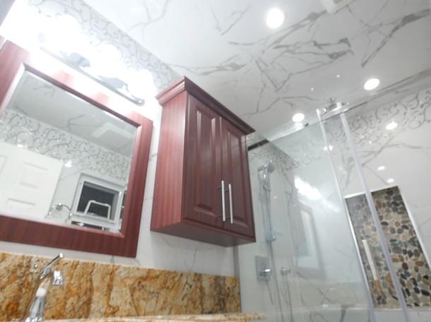 Custom Bathroom Renovation 17.jpg