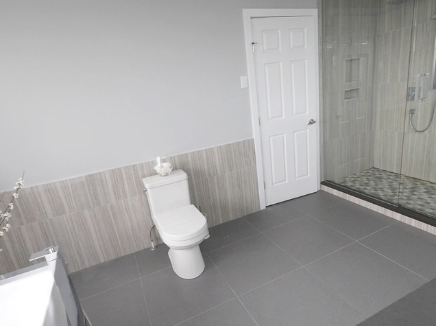 Ensuite Bathroom 22.jpg