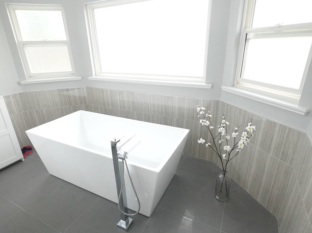 Ensuite Bathroom 3.jpg