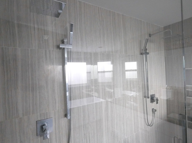 Ensuite Bathroom 29.jpg