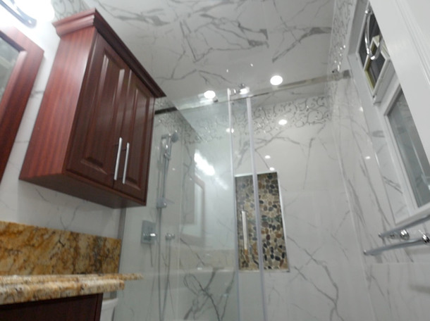 Custom Bathroom Renovation 16.jpg