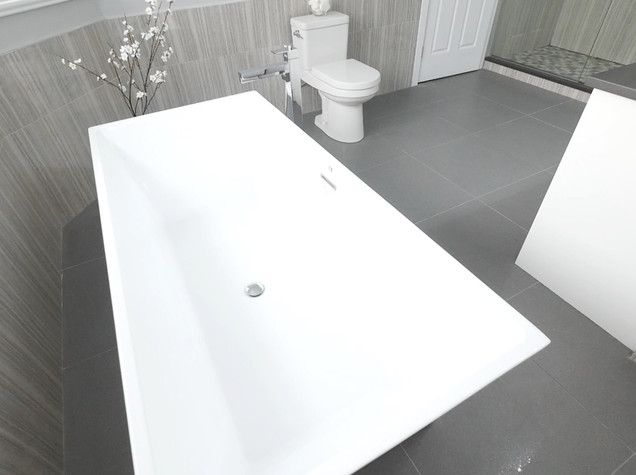 Ensuite Bathroom 19.jpg
