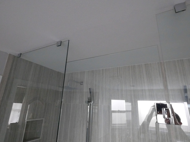 Ensuite Bathroom 30.jpg