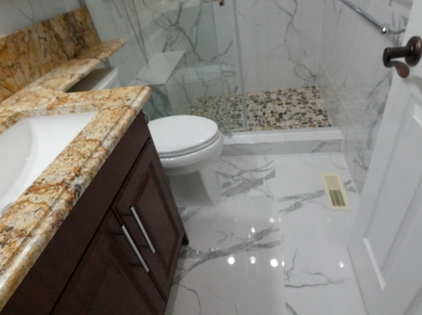 Custom Bathroom Renovation 05.jpg