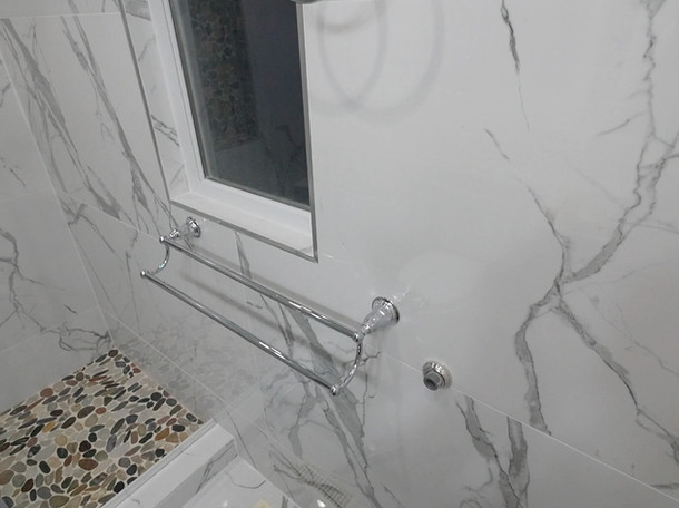 Custom Bathroom Renovation 03.jpg