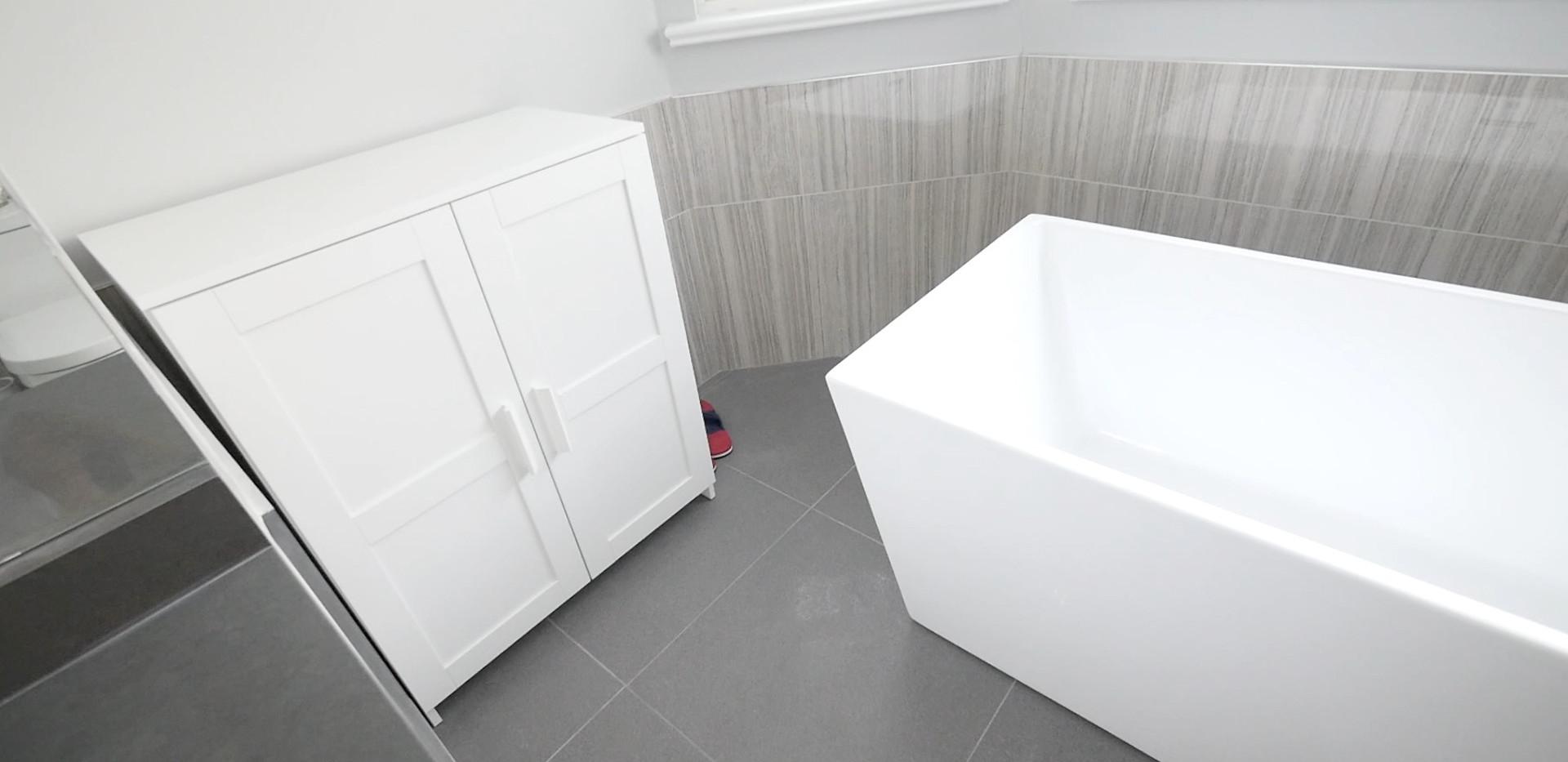 Ensuite Bathroom 6.jpg