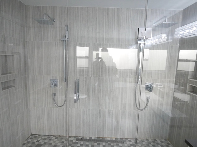 Ensuite Bathroom 11.jpg