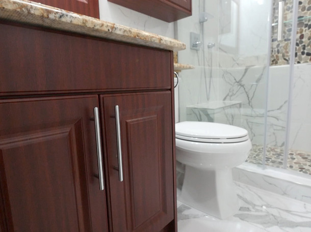 Custom Bathroom Renovation 15.jpg